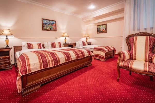 hotel-capital-2019-hires-26-webB2745750-37FA-2AA8-3D53-A453D2C24FCB.jpg